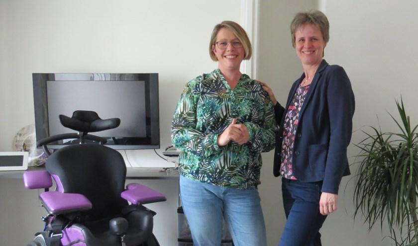 Mantelzorger Diane Oelen en Lydia Scheringa (rechts op de foto). Foto: Marin Scheringa.