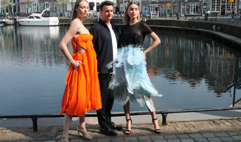 Tijdens de bekendmaking bij restaurant Karel V van Goes Couture in september showde David Laport twee van zijn creaties.   FOTO:LEON JANSSENS