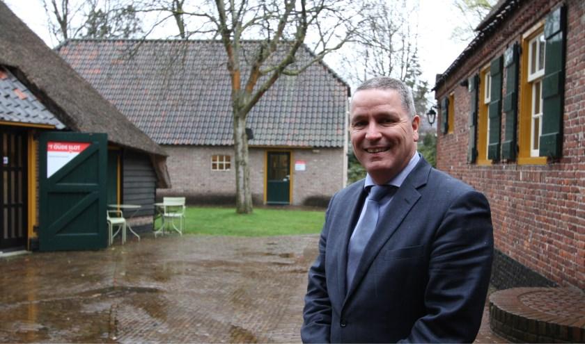 """Marcel Delhez, burgemeester van Veldhoven: """"De vernieuwingsdrang die 't Oude Slot heeft met respect voor het verleden en samen met de vrijwilligers past ook heel goed bij mij."""" FOTO: Ad Adriaans."""