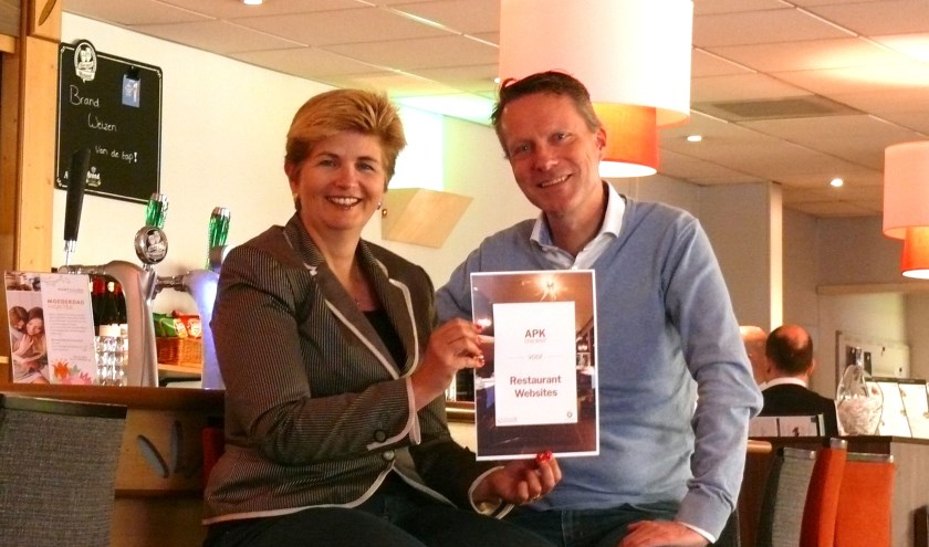 Esther Borggreve van Queen of Hearts en John-Pierre Cornelissen van Horeca Webservice en hun checklist voor restaurantwebsites