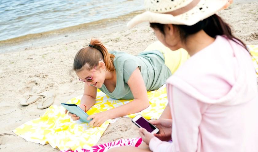 Lekker lezen tijdens je vakantie met de VakantieBieb!