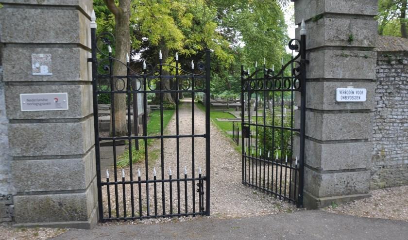 Komend weekend vinden er activiteiten plaats op de algemene begraafplaats aan de Stapelshofweg in Zierikzee. FOTO: Anneke Flikweert