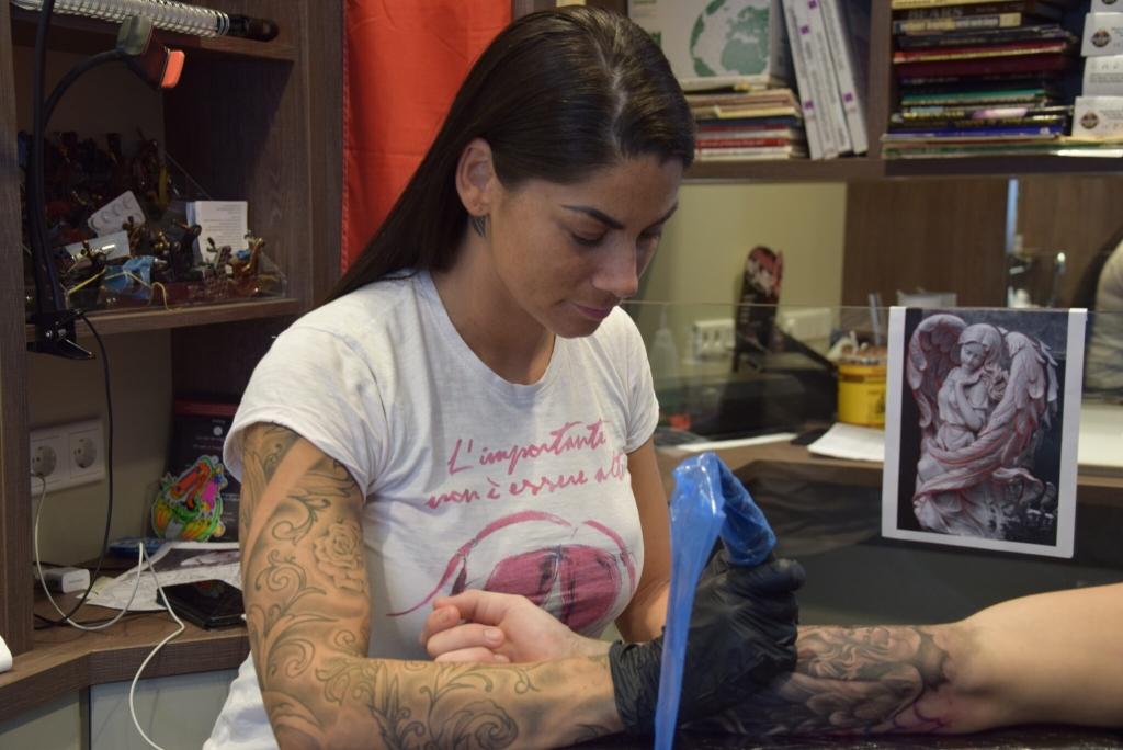 Stadsblad Den Bosch Carmen 28 Te Zien Bij Just Tattoo