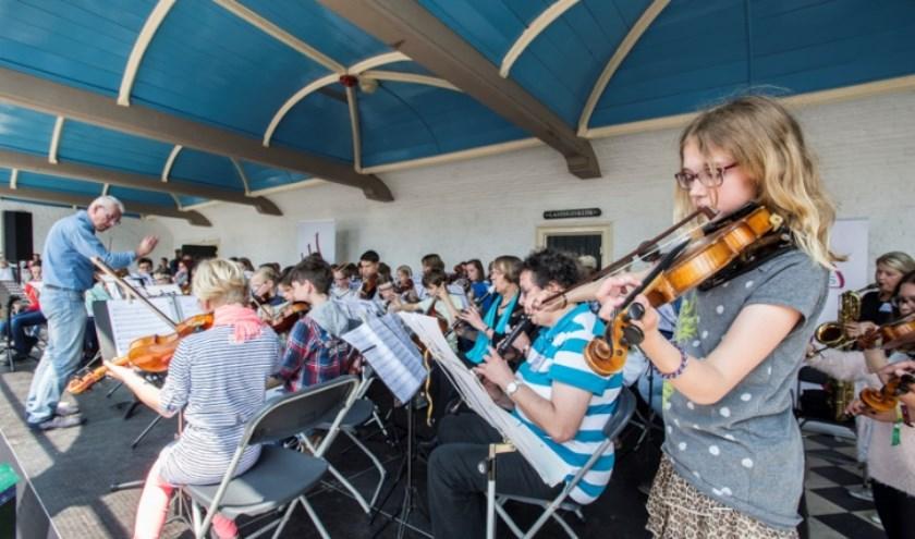 De Zeeuwse Muziekschool houdt volgende week dinsdag een open avond. FOTO: Eddy Westveer