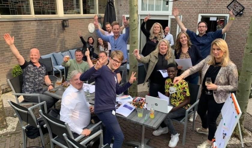 Een van de 94 teams van de Eureka Dorpsquiz in Valkenswaard. De prijsuitreiking is zondagmiddag 26 mei.