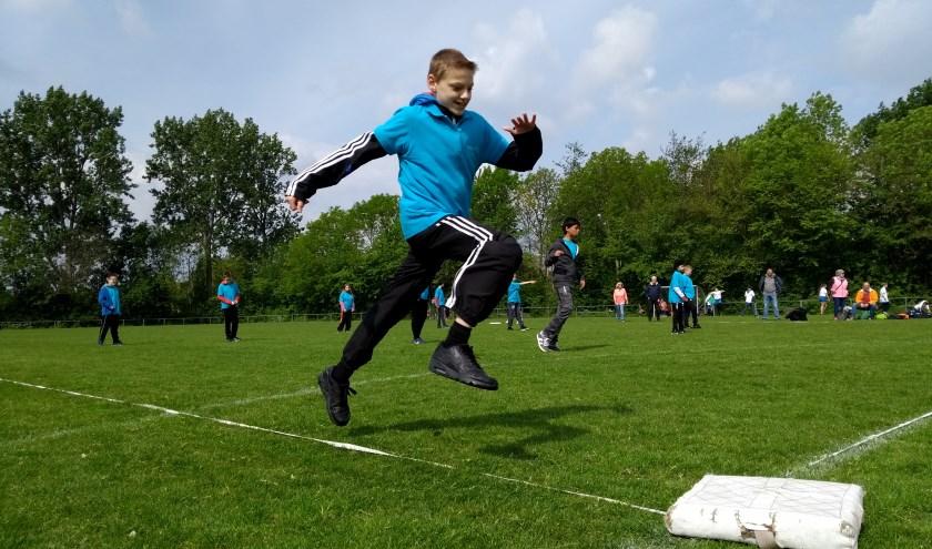 Slagbal was een van de sporten op de velden van SC Botlek (foto: Arjan van der Voort)