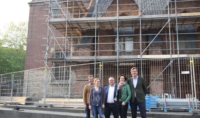 Het bestuur van de SGKW is blij dat de restauratie en herinrichting van de Grote Kerk op de Markt is gestart. (foto: Kees Stap)