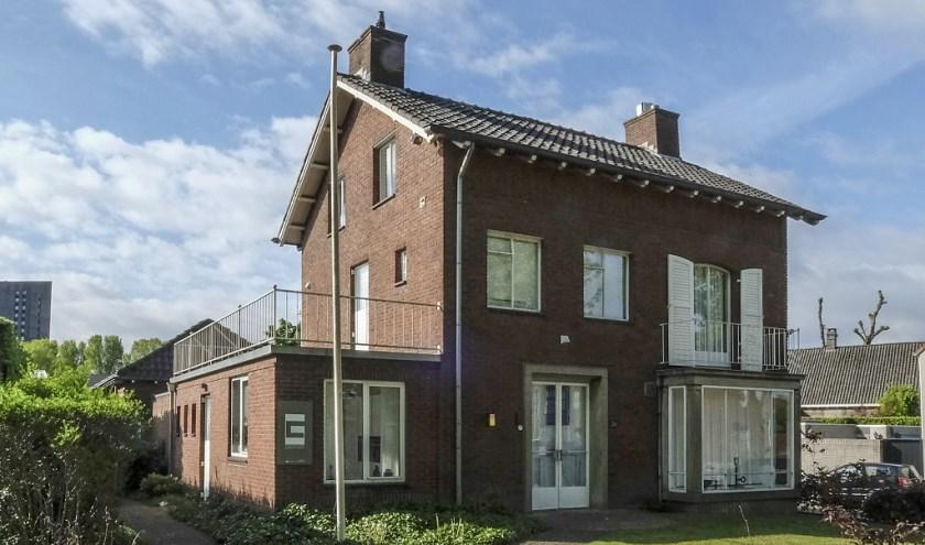 Het voormalige woonhuis van architect Noud Heerkens, sinds kort een gemeentelijk monument. info: www.heemkundekringtilburg.nl