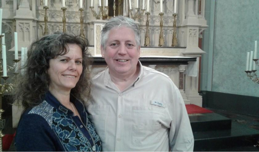 """""""De Sint-Clemenskerk blijft van de mensen"""", zegt het ondernemersechtpaar Marianne en Walther Coppens."""