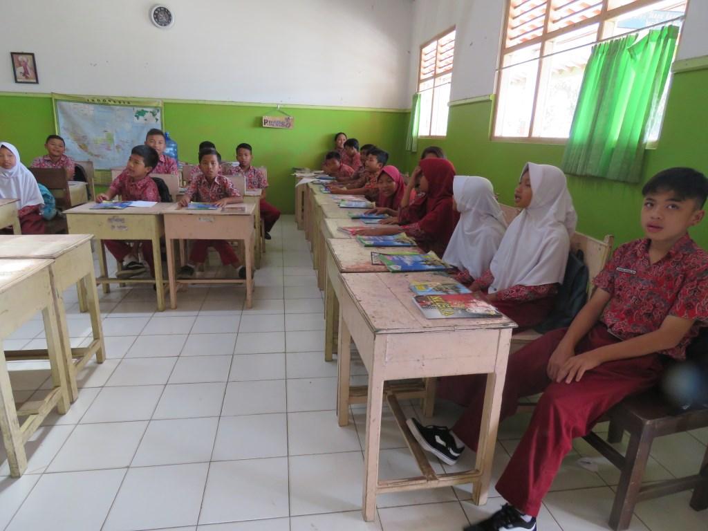 Leerlingen van scholen die door Stichting Tileng worden ondersteund.  © DPG Media
