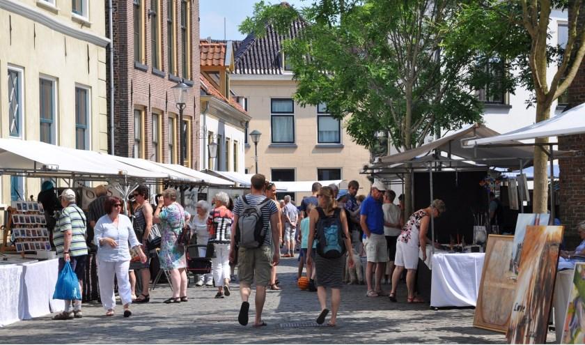 DeKunstmarkt - Een wereld van kunst in Hattem trekt al vele jaren kunstenaars uit het hele land.
