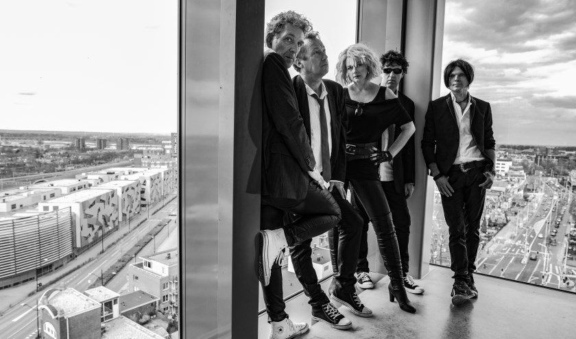 De Nijmeegse tribute band Back to Blondie. (Foto Renze Bemelmans)