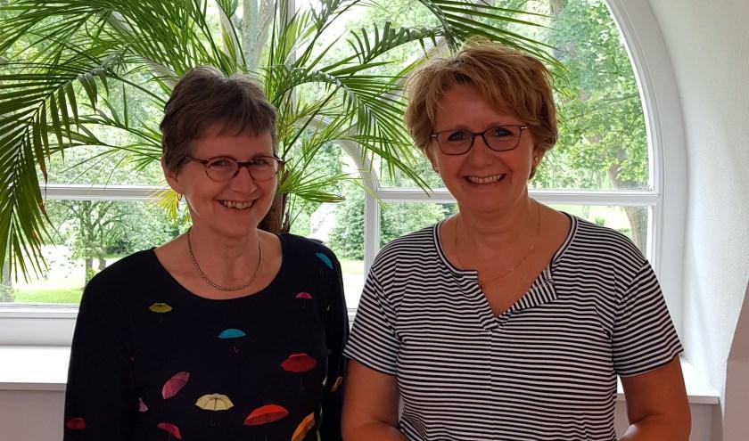 Elly Bezemer van Muziek Actief en Heleen Visser, Consulent Mantelzorg.