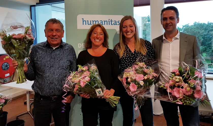 Van links naar rechts: Jean Beijleveld, Marieke Koppenaal-de Lange, Tetske Thoen en Bert Brehm. Niet op de foto: Jeannette Smienk (foto: Humanitas Delft)