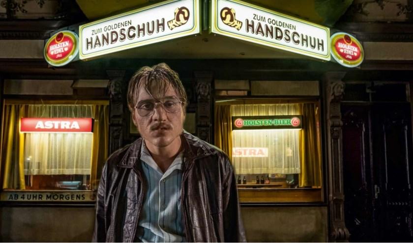 In Der Goldene Handschuh wordt de hoofdrol gespeeld door de jonge acteur Jonas Dassler.