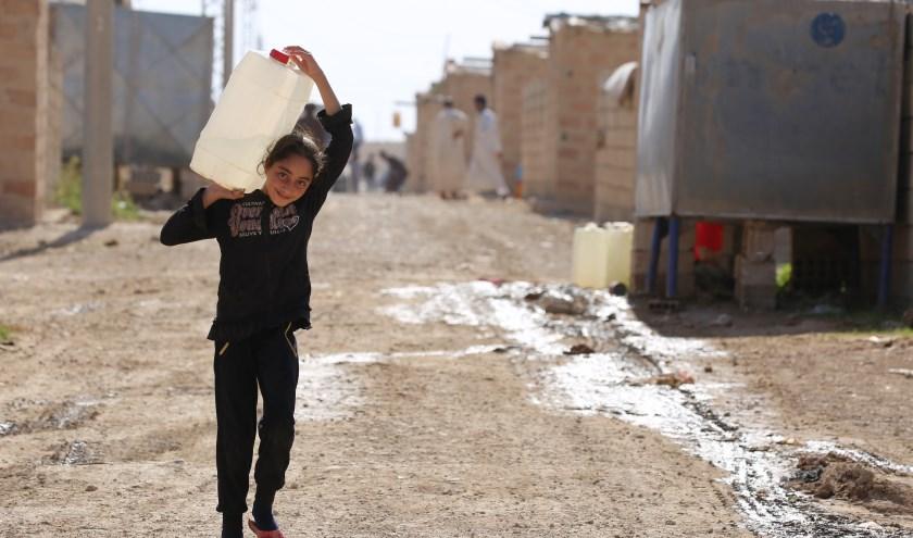 Kinderen van 6 tot 12 jaar proberen middels hun gesponsorde survival een bijdrage te leveren aan kinderen op de vlucht. Foto: Delil Souliman.