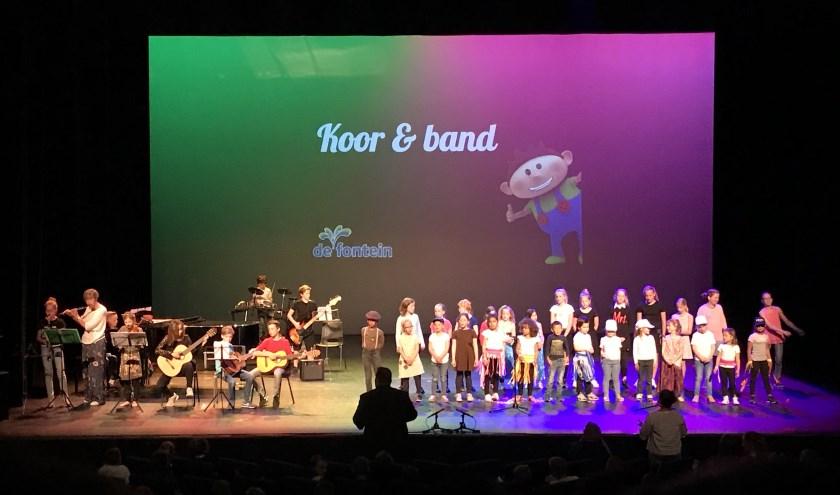 Het thema van dit jaar was musical, het publiek werd getrakteerd op een grote variatie aan acts van musicals uit binnen- en buitenland.
