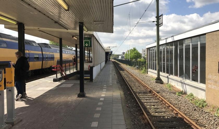 In oktober van dit jaar wordt de gerestaureerde monumentale stationskap uit 1900 teruggeplaatst. Foto: Marcel Bos