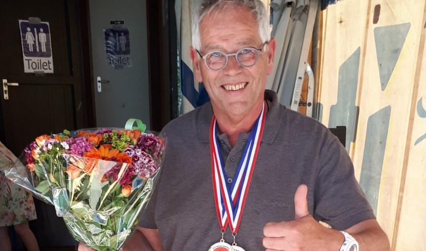 Walter Huisman met zijn gouden medaille. Eigen foto