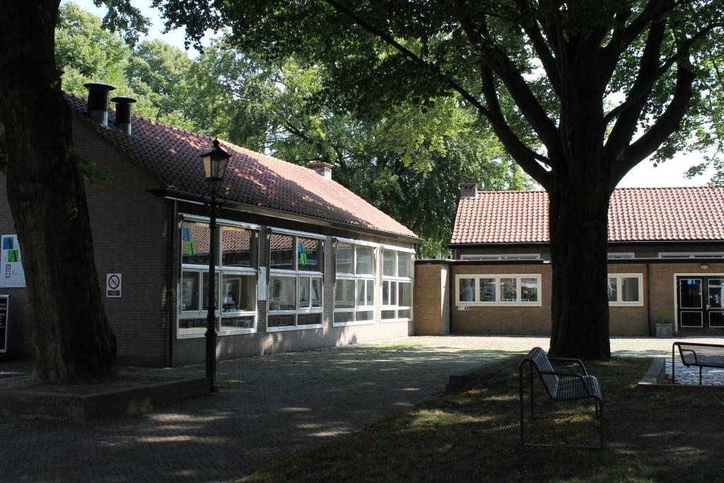 Het schoolgebouw op 't Zand is momenteel in erfpacht gegeven aan 'De Borghman'.  Foto: Leo van der Linde © DPG Media