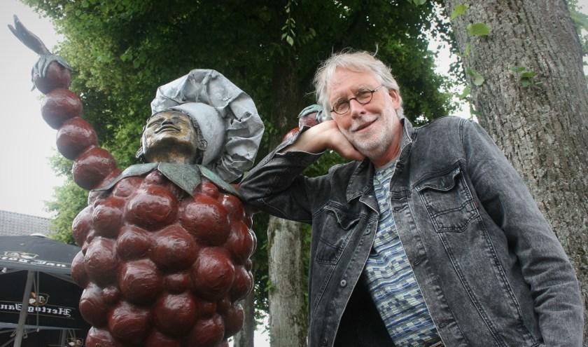 Voormalig schoolmeester Eric Blaas uit Tiel vertolkt de rol van uitvinder Heldring in streekmusical 'De Nacht van Flipje'. (Foto: Corien Remijn)