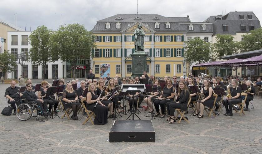 Het Bruisend Dorpshart-concert staat dit jaar in teken van '750 jaar Heerlijkheid/gemeente Loon op Zand'. Foto: Stef Mennens/Drieluik Fotografie