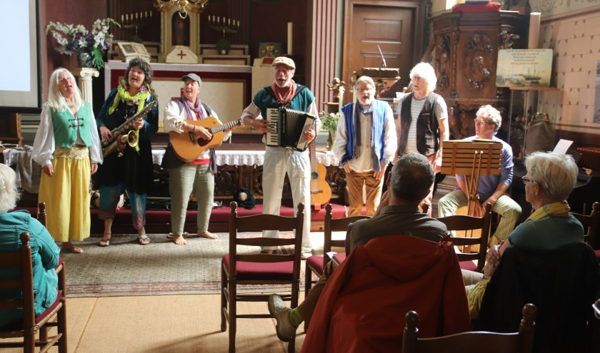 Het was zondag in Culemborg genieten van walking music in 7 lokaties met als afsluiting in de Grote of Barbarakerk.
