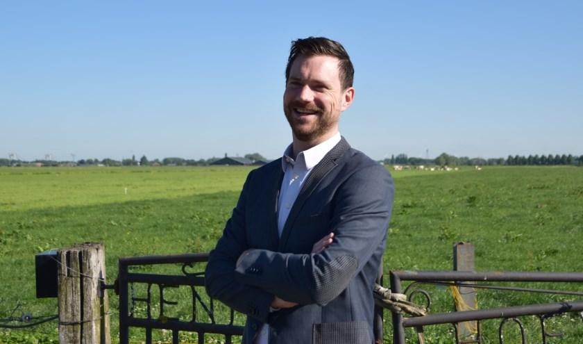 Wethouder Sander Bos in het buitengebied.