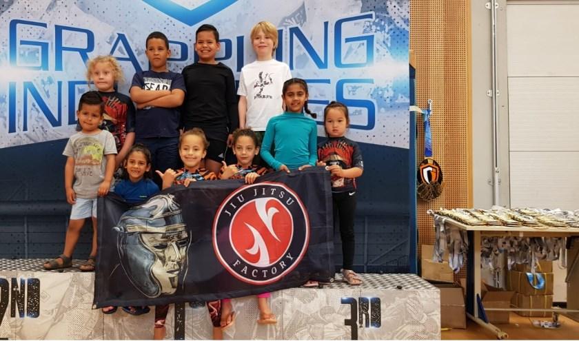 De jeugd van CFA/Jiu Jitsu Factory IJsselstein behaalde 16 medailles tijdens de Grappling Industries in Amstelveen