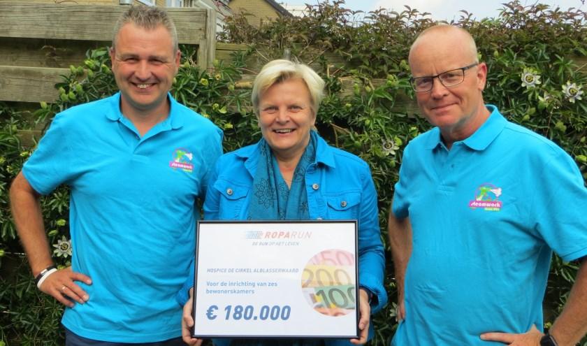 Hans, Annelies en Jaap: 'Dit is voor ons meer dan een beginnetje om in Papendrecht iets moois neer te zetten.' (foto: Yvonne Vogel)