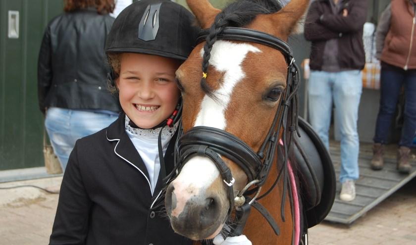 Winnares obstakelparcours: Maud op Stella