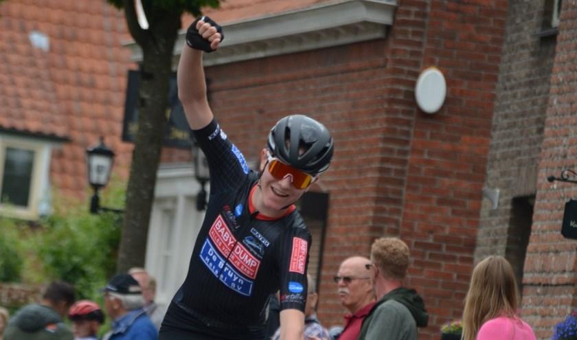 Jesse uit Borkel en Schaft is Nederlands Kampioen wielrennen geworden.