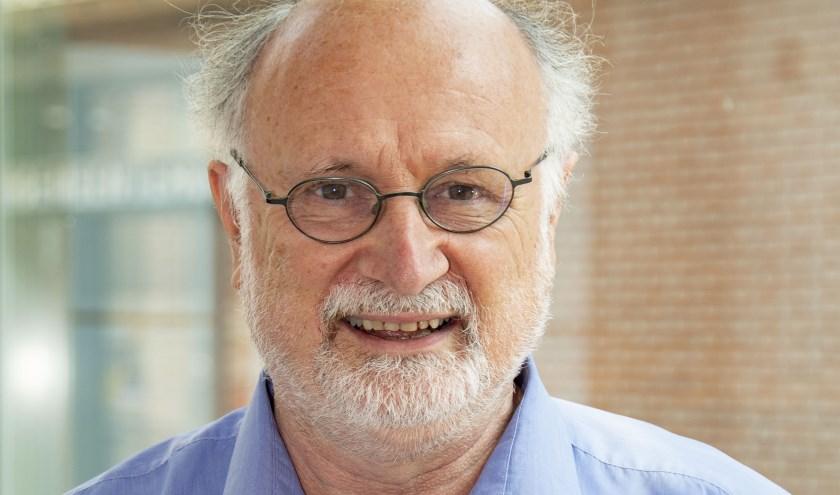 Emmanuel Naaijkens (65) uit Hilvarenbeek is sinds 1985 actief en is benoemd tot Lid in de Orde van Oranje-Nassau. foto: Jeroen Verhelst