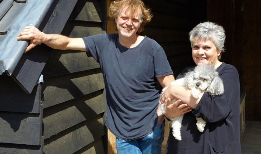 Kees en Angelique Vervoort starten samen met hun dochters Faith en Tylo de nieuwe dagbesteding Happy Days in Waspik.