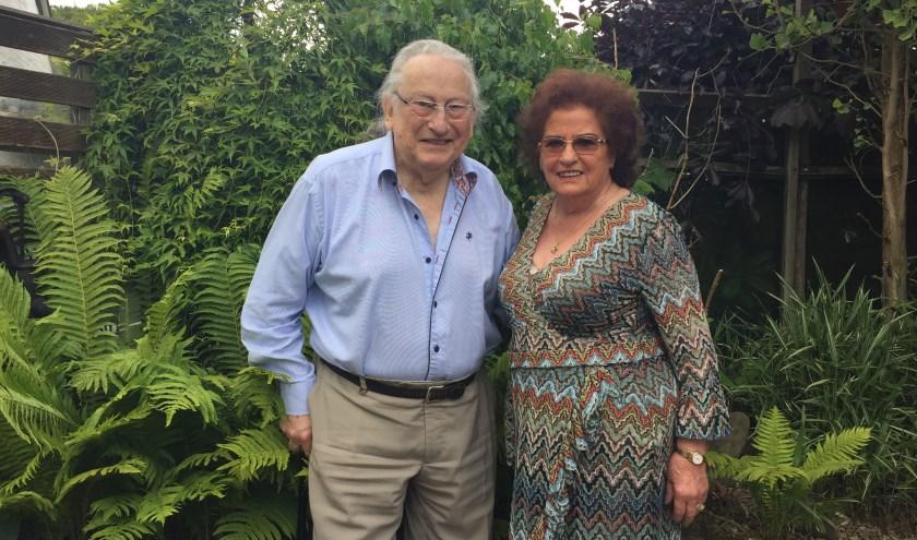 Echtpaar Houtman-Hendriks begon als een vakantieliefde, maar is nu al zestig jaar gelukkig getrouwd.