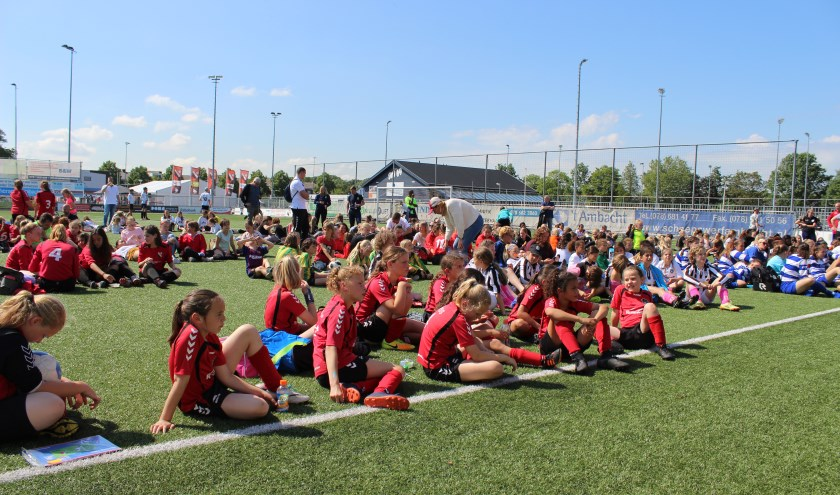 In totaal waren er 30 teams aanwezig op de eerste dag van IFC Girls Tournament 2019.