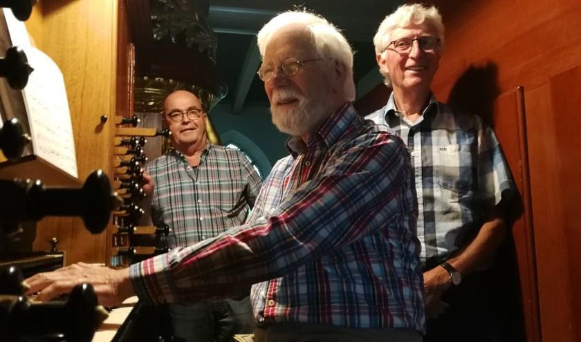 De mannen van de orgelweek:vlnr Leen van de Berg, Aad Zoutendijk en Wim Kwakkelstein (FotoPeter Spek).