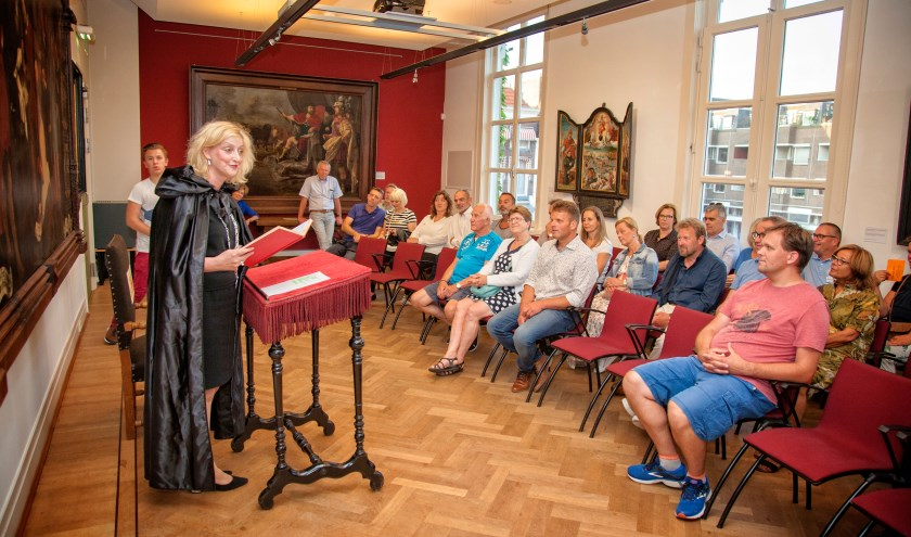 Zelfs burgemeester Reinie Melissant-Briene leverde als 'mystery guest' enthousiast haar bijdrage en kreeg daar zeer lovende reacties op. Foto: Henk Ganzeboom