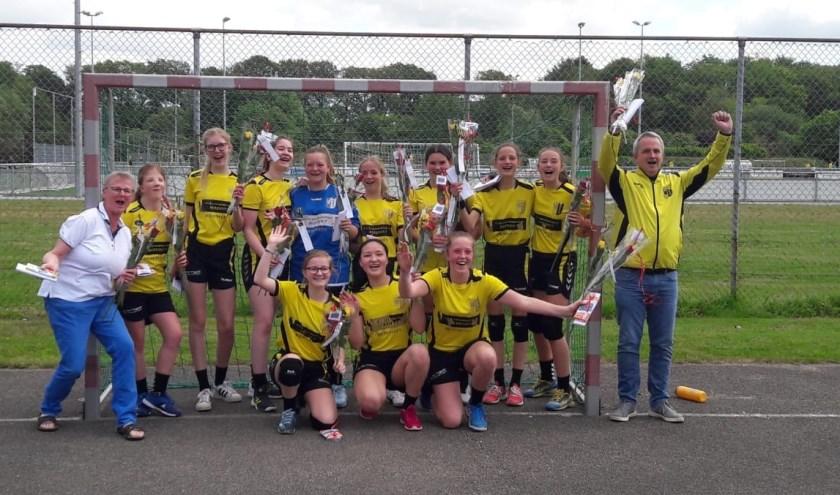 Meiden C1 van DSC Handbal kampioen!