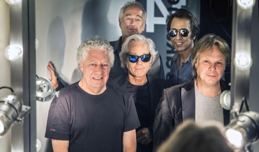 Zaterdag in het Openluchttheater in Nijverdal: The Clarks.