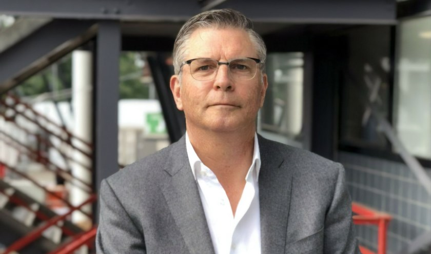 Martin van Geel (58) begint op 1 juli 2019 als algemeen directeur bij zijn oude club, de bvo Willem II, waar Joris Mathijsen al technisch directeur is. Beide oud-spelers begonnen hun loopbaan bij de s.v. VOAB in Goirle. foto: Feyenoord Media