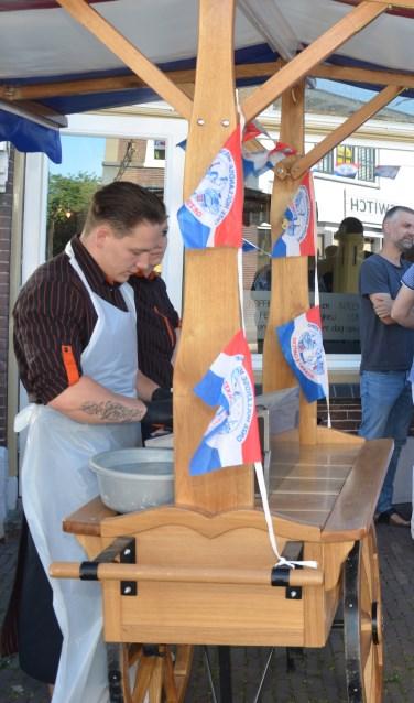 archieffoto haringparty FOTO: Ben BlomDe haringparty 2019 is op 1 juli Café de Veldpoort.