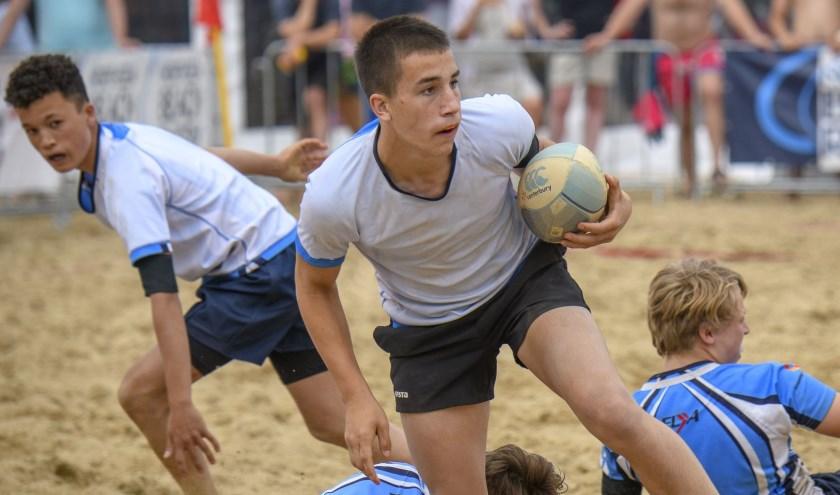 Teams uit alle windstreken doen mee aan het grote internationale toernooi.
