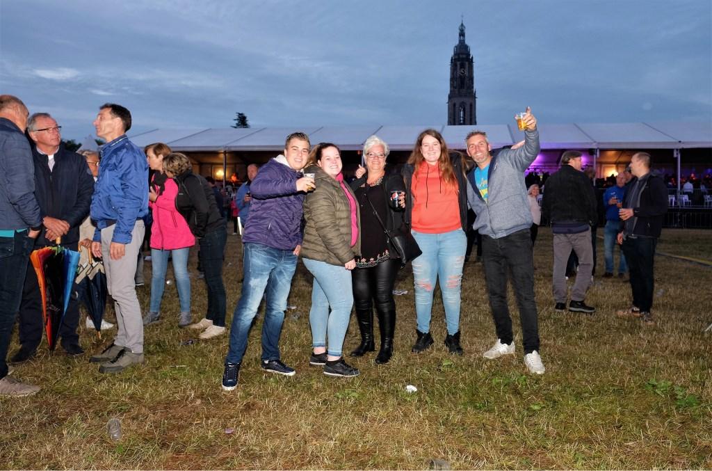 Hallo rhenen Veenendaal hier.  © DPG Media