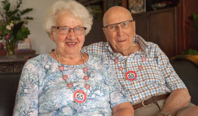 Na een lange verkeringstijd is het paar in 1954 getrouwd en hebben zij zich gevestigd in hun eigen woning in Amersfoort.