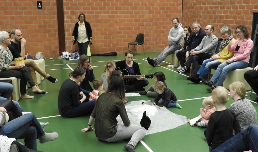 Muziek op Schoot is een landelijke organisatie voor muziekeducatie voor jonge kinderen.