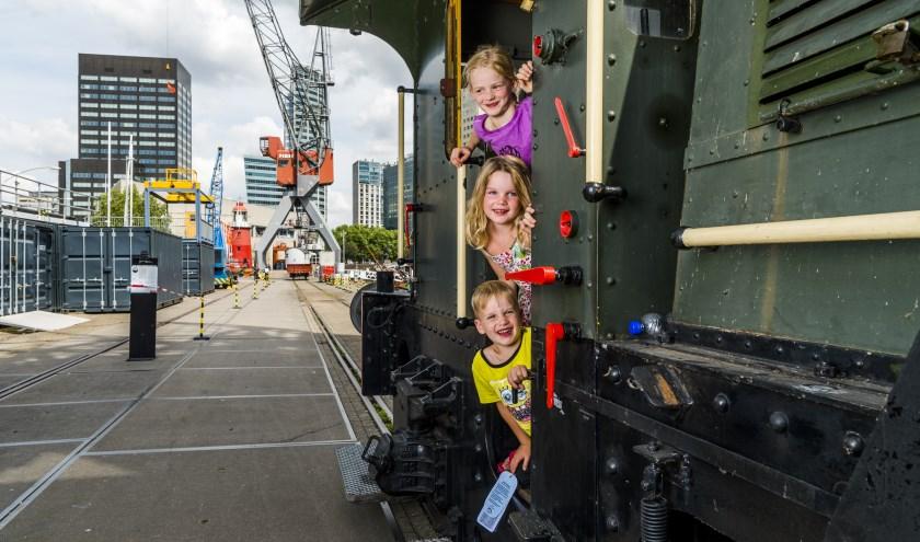Familieprogramma in Maritiem Museum Rotterdam. Zo komen we de zomer wel door! (Foto: Marco De Swart)