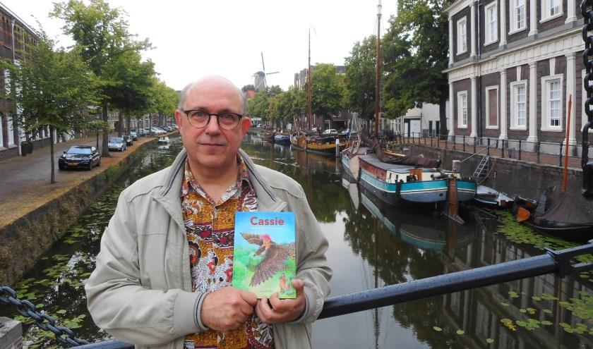 Jaap Pegtel brengt alweer zijn derde boek uit in drie jaar tijd. En hij blijft lekker doorschrijven. (Foto: Bart van der Linden)