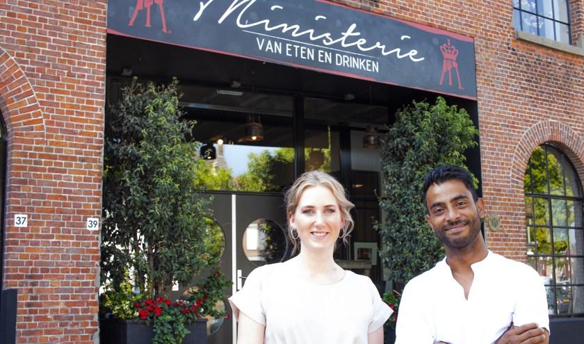 Iris Wittenbrood en Wageesan Ponnuthurai voor het Ministerie van eten en drinken.