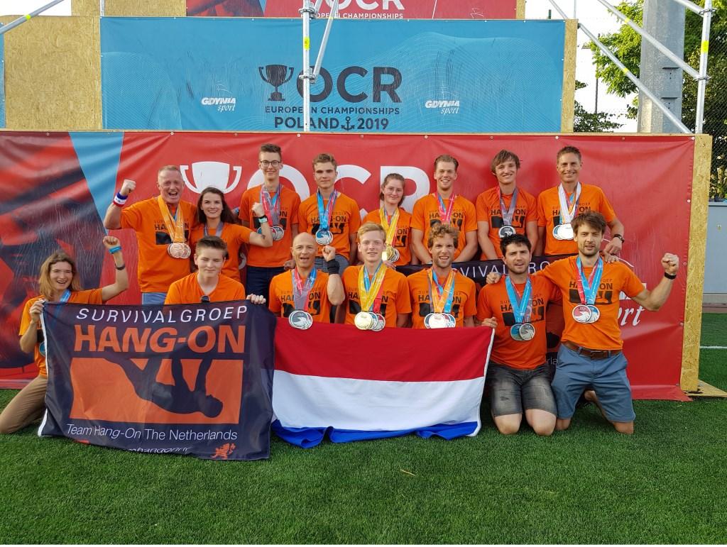 Team Hang On The Netherlands Team Veenendaal samen voor victorie Foto: Hang On © DPG Media